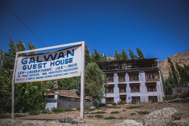 Casa de huéspedes en Leh foto de archivo