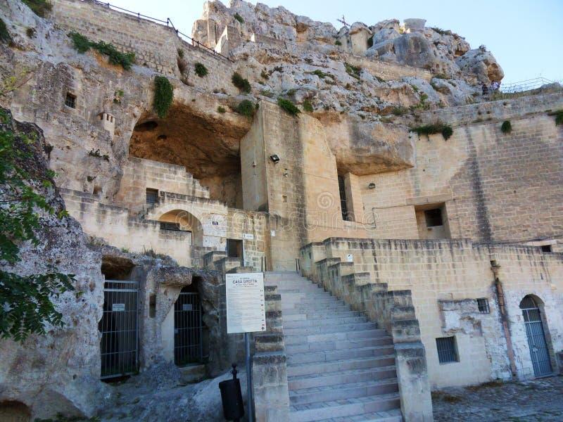 Casa de la cueva de Matera fotografía de archivo
