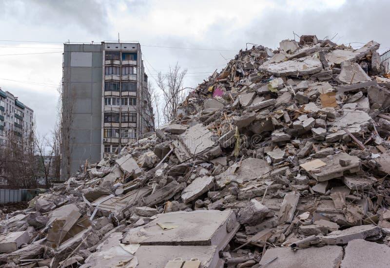 Casa de la demolición imágenes de archivo libres de regalías