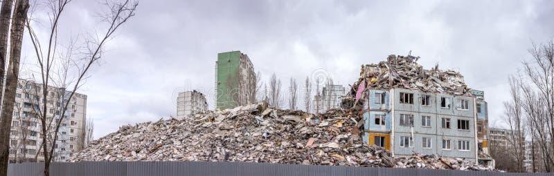 Casa de la demolición imagenes de archivo