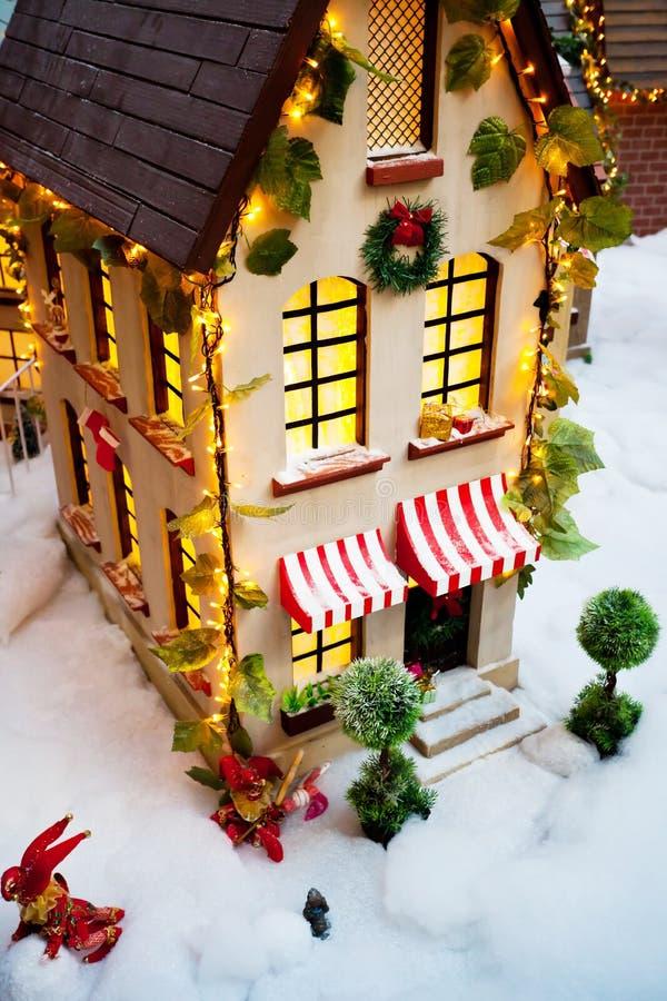 Casa de la Navidad del juguete imágenes de archivo libres de regalías
