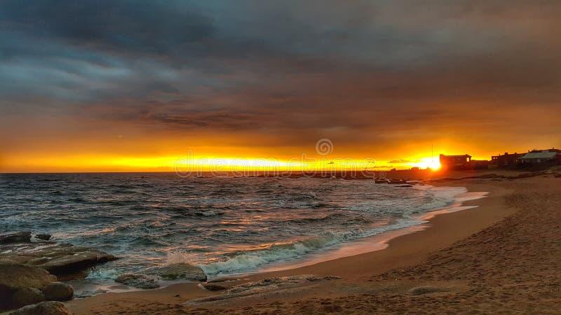 Casa de la puesta del sol fotografía de archivo libre de regalías