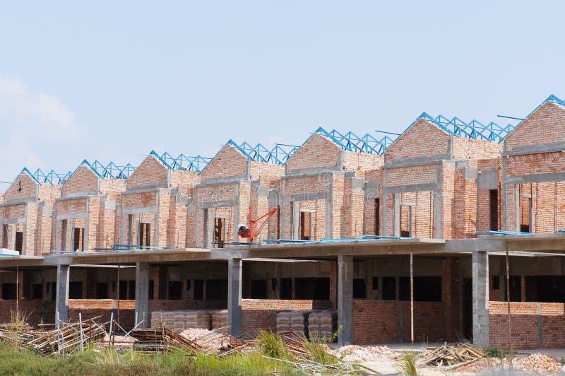 Casa de lujo de la terraza de la historia doble bajo construcci?n en Malasia imagen de archivo libre de regalías