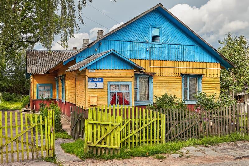 Casa de madeira da vila, Vitebsk, Bielorrússia imagem de stock royalty free