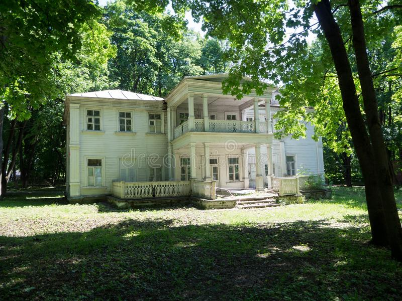 Casa de madeira velha fotos de stock royalty free