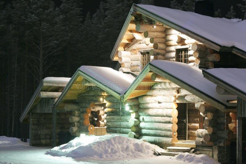Casa de madera destacada fotos de archivo