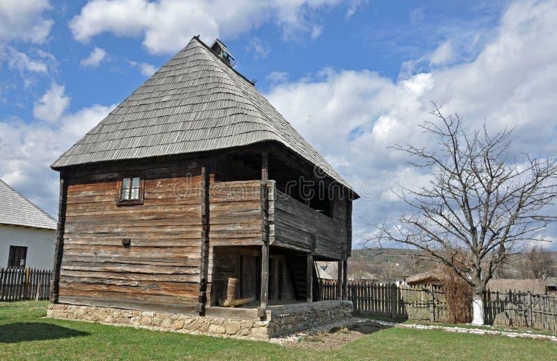Casa de madera grande fotografía de archivo