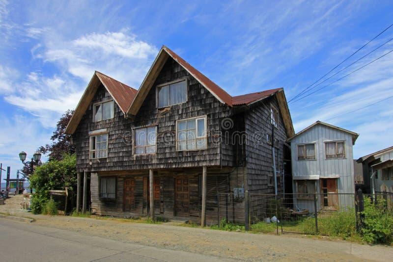 Casa de madera típica en la isla de Chiloe, Chile imagen de archivo libre de regalías