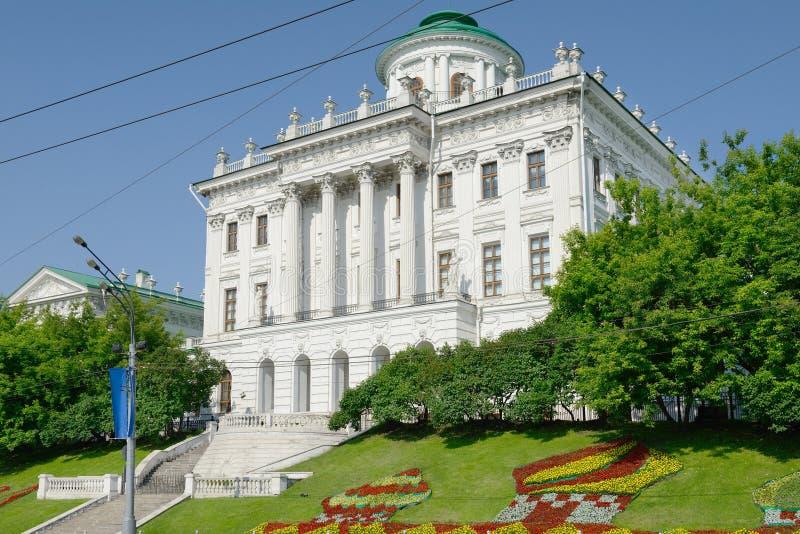 Casa de Pashkov (biblioteca estatal rusa) imagenes de archivo