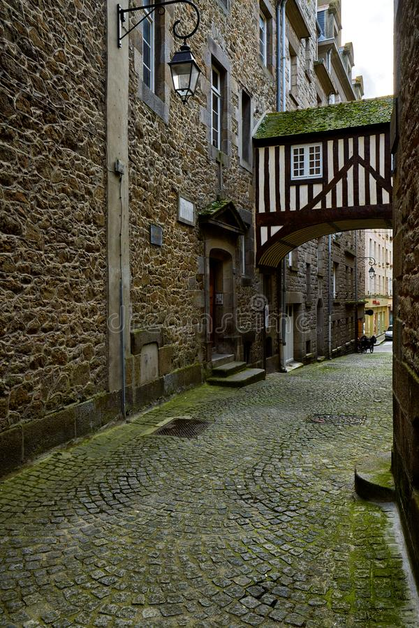 Casa de pedra bonita em Saint Malo, França Saint Malo é um wal imagem de stock royalty free