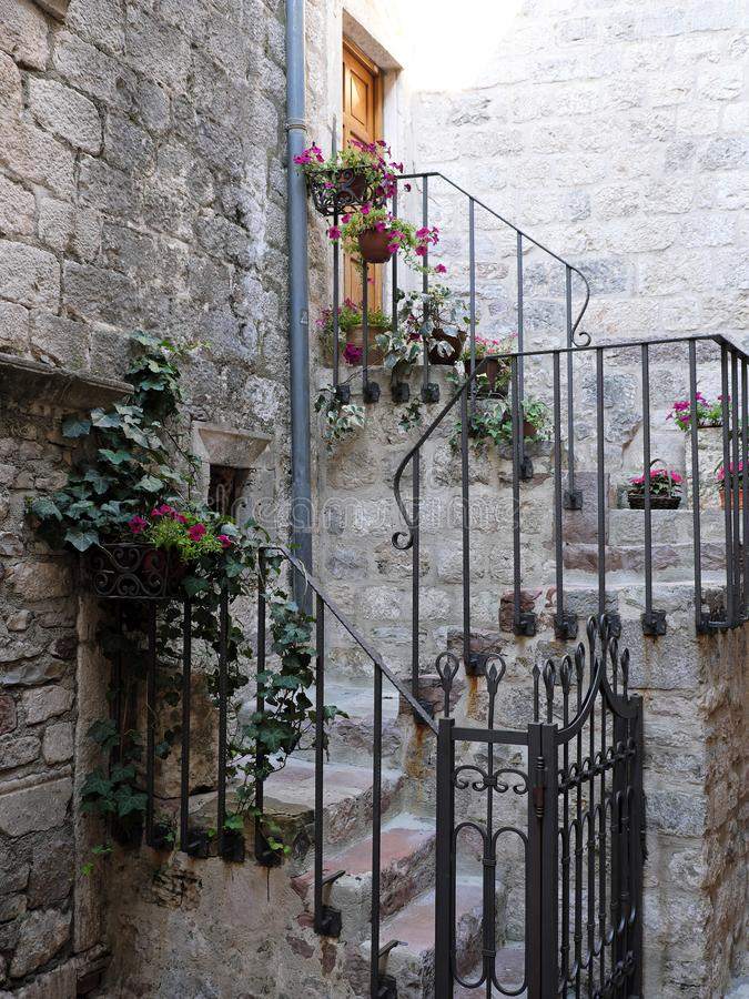 Casa de pedra histórica, Kotor, Montenegro foto de stock royalty free