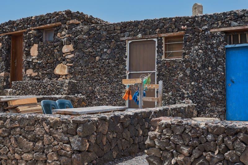 Casa de piedra hermosa en Isla de Lobos, Fuerteventura, Canarias, España imágenes de archivo libres de regalías