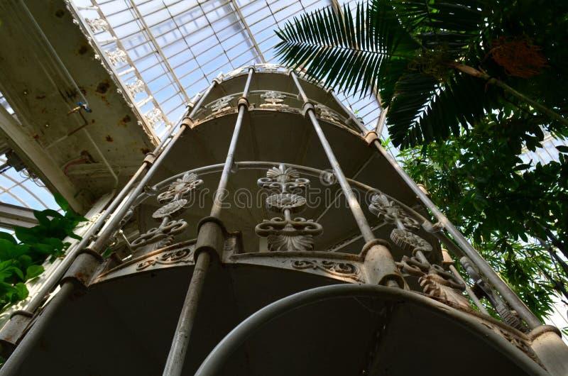 Casa de vidro vitoriano em jardins de Kew imagem de stock royalty free