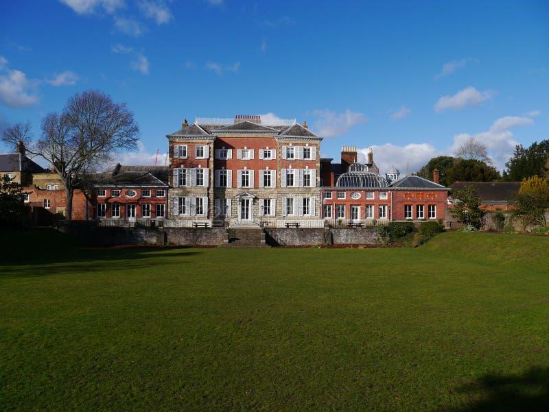 Casa de York e jardim afundado em Twickenham a mais grande Londres fotos de stock royalty free