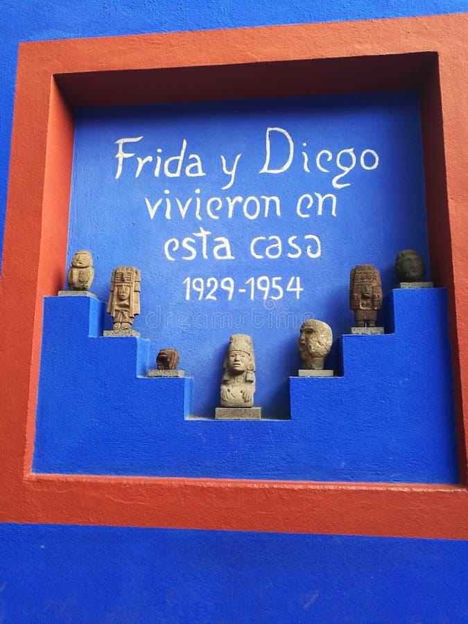 Casa del azul del arte de Frida Kahlo Diego Rivera fotografía de archivo