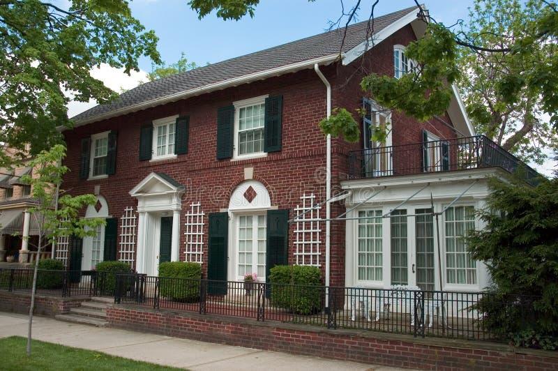 Casa del Colonial del mattone immagine stock libera da diritti