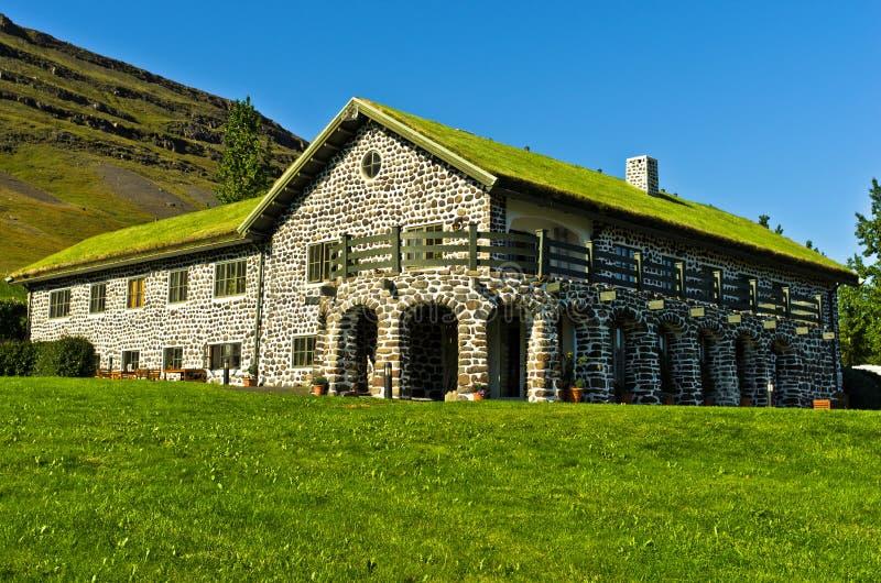 Casa del escritor famoso Gunnar Gunnarsson de Islandia en Fljotsdalur fotos de archivo libres de regalías
