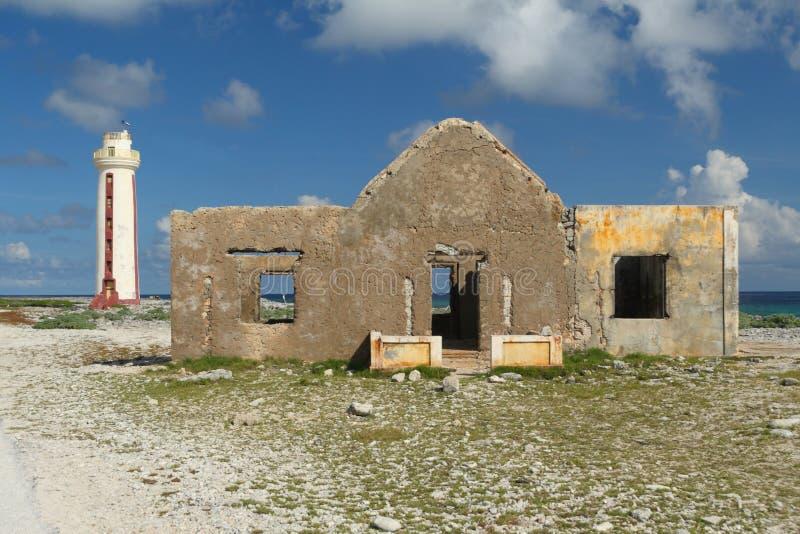 Casa del faro y del encargado - Bonaire foto de archivo libre de regalías