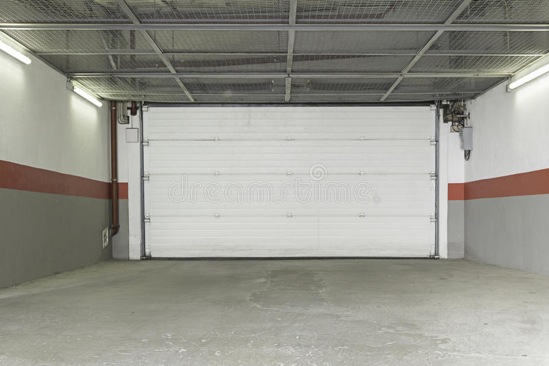 Casa del garage fotografie stock