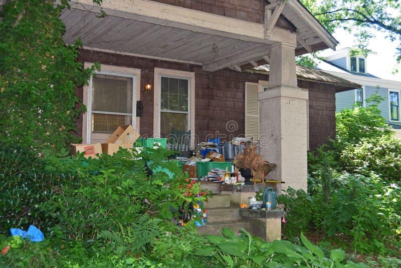 Casa 2 del Hoarder fotografia stock