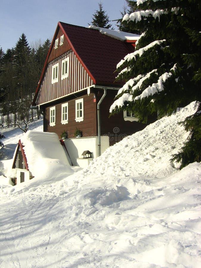 Casa del invierno imagen de archivo