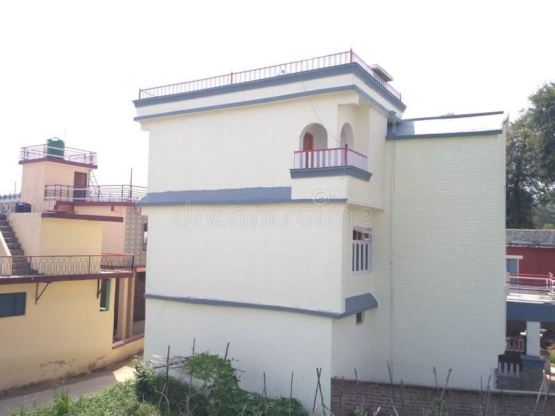 Casa del pueblo en la India Himachal Pradesh imágenes de archivo libres de regalías