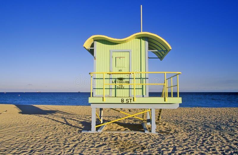 Casa del salvavidas del estilo del art déco en la playa del sur, Miami Beach, la Florida fotos de archivo