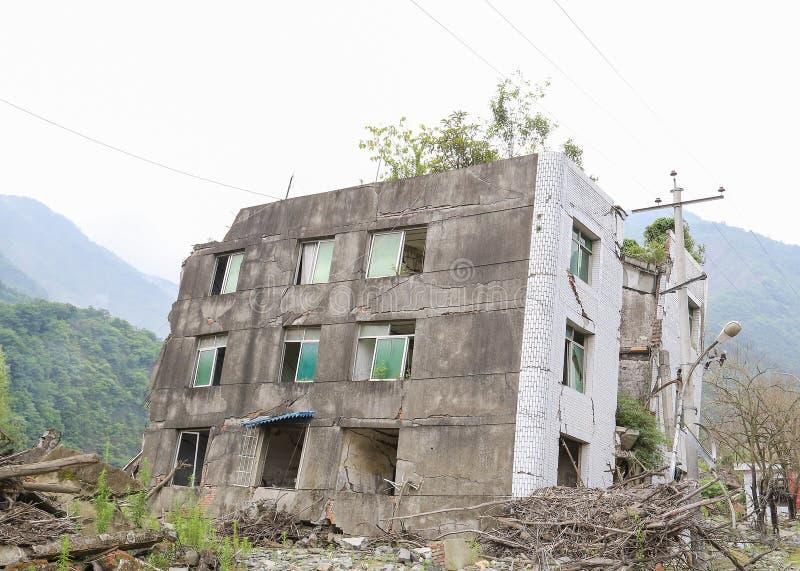 Casa del terremoto foto de archivo