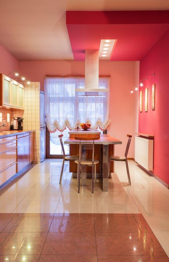 casa dell 39 amaranto cucina dolce immagine stock