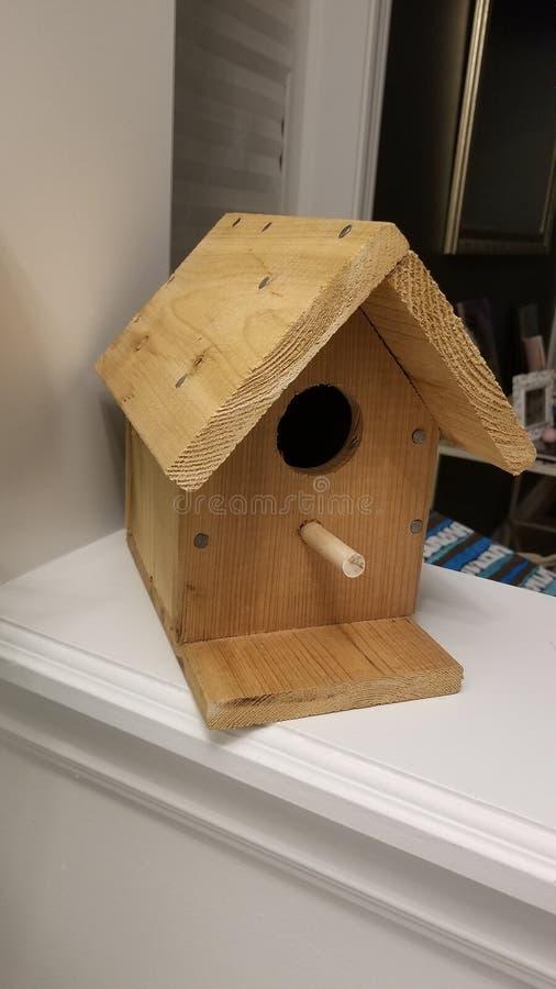 Casa dell'uccello del cedro fotografia stock
