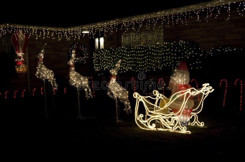 Casa della casa di luci di natale delle renne del babbo for Layout della casa del fienile