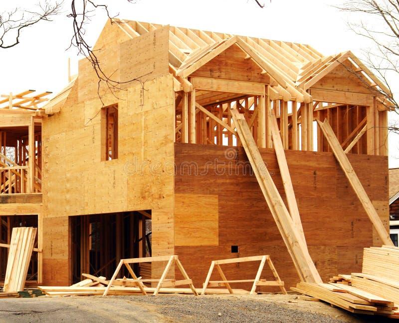 casa della costruzione sotto immagine stock