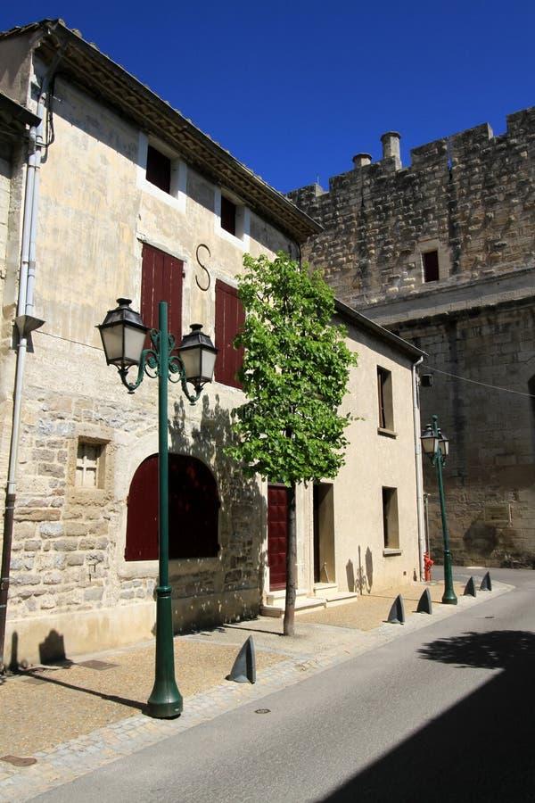 Download Casa Di Aigues-Mortes E Merli, Camargue, Francia Fotografia Stock - Immagine di famoso, città: 30825856