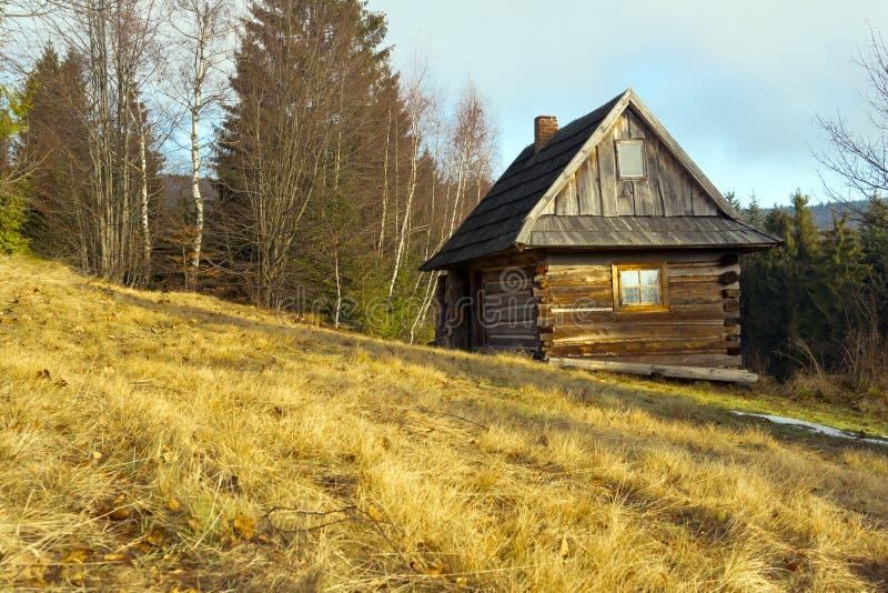 Casa di legno del cottage fotografia stock