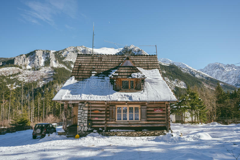 Casa di legno della montagna alto tatras polonia for Planimetrie della casa di montagna