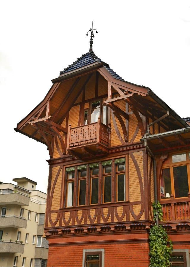 Casa di legno a Engelberg switzerland immagini stock libere da diritti