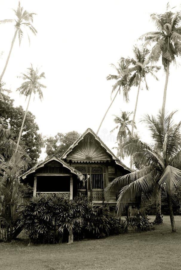 Casa di legno rurale malese antica fotografia stock libera da diritti