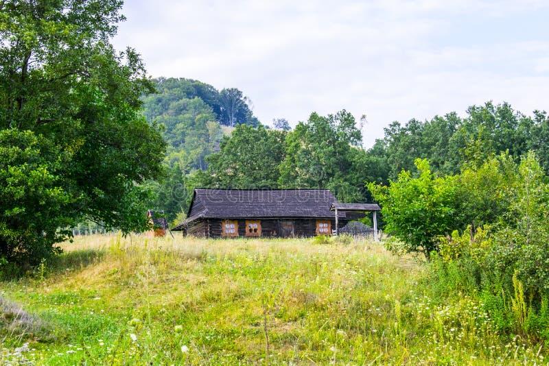 Casa di legno ucraina tradizionale fotografia stock