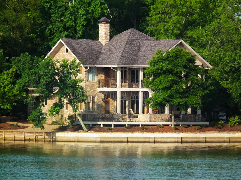 Casa di lungomare - alto lago rock, NC fotografia stock libera da diritti