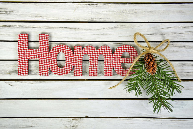Casa di parola di Natale in percalle ed in pino fotografia stock libera da diritti