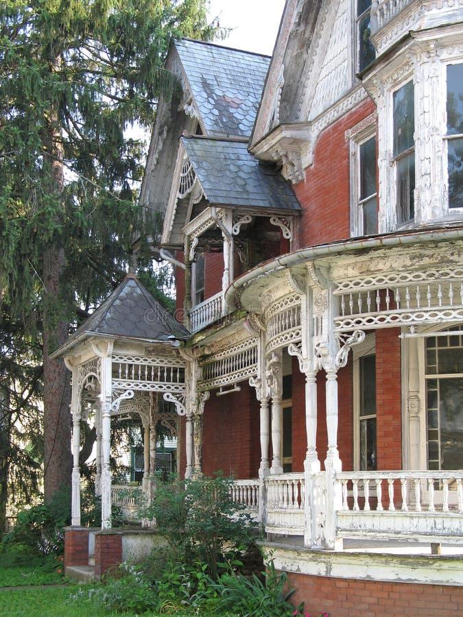Casa dilapidada del Victorian imagen de archivo