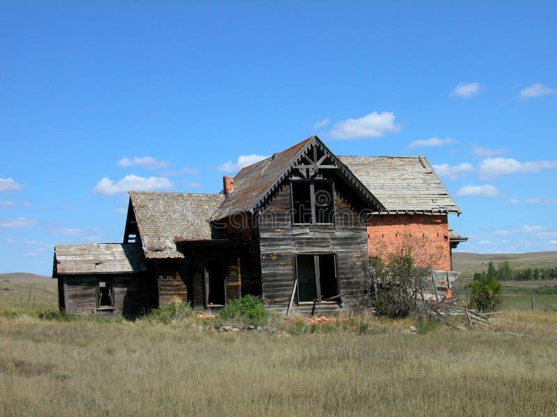 Casa dilapidada velha do tijolo de Sims fotos de stock