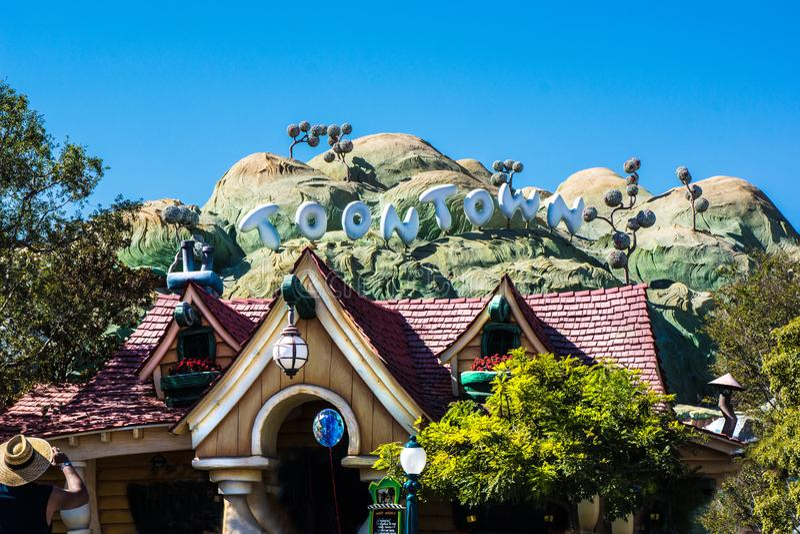 Casa divertida de Toontown Disneyland imagen de archivo