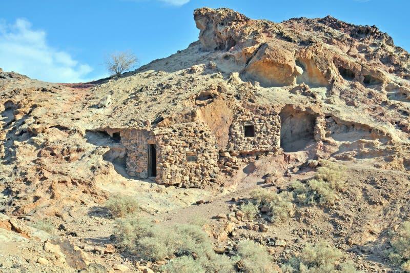 Casa do esconderijo subterrâneo fotografia de stock royalty free