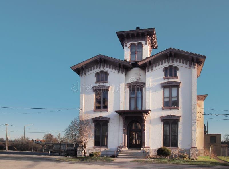 Casa do estilo da missão fotografia de stock