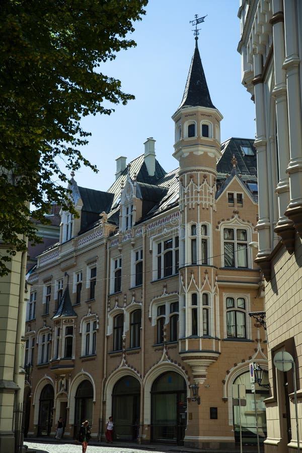 Casa do estilo de Art Nouveau na rua de Amatu no centro de Riga imagens de stock