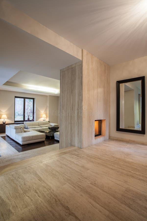 Casa do travertino: Interior imagem de stock royalty free