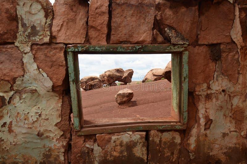 Casa dos moradores do penhasco do Arizona perto dos penhascos dos vermelhões imagem de stock royalty free