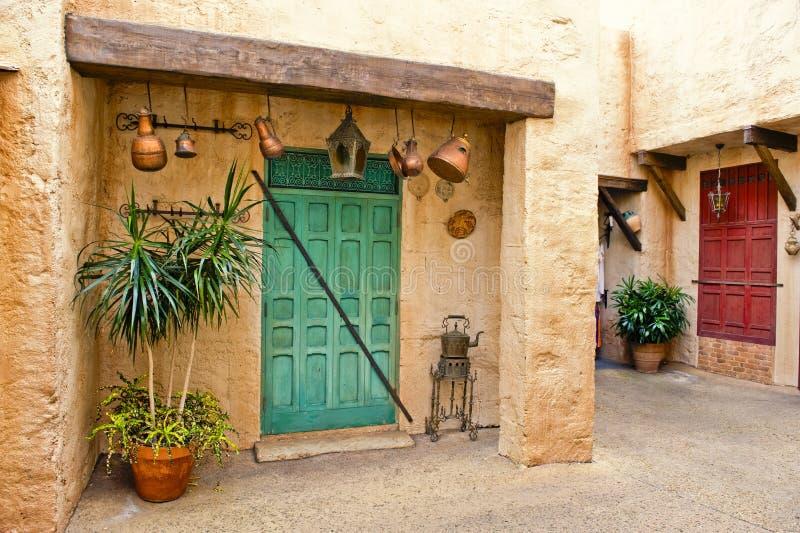 Casa e cortile marocchini immagine stock