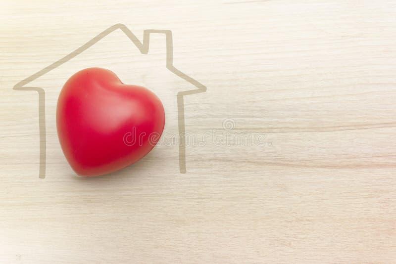 Casa e família completamente do amor e do calor imagem de stock